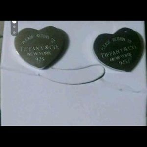 Brand new authentic Tiffany &co earring